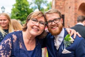 Gustav med sin mamma Torun. Foto: Stefan Bodin