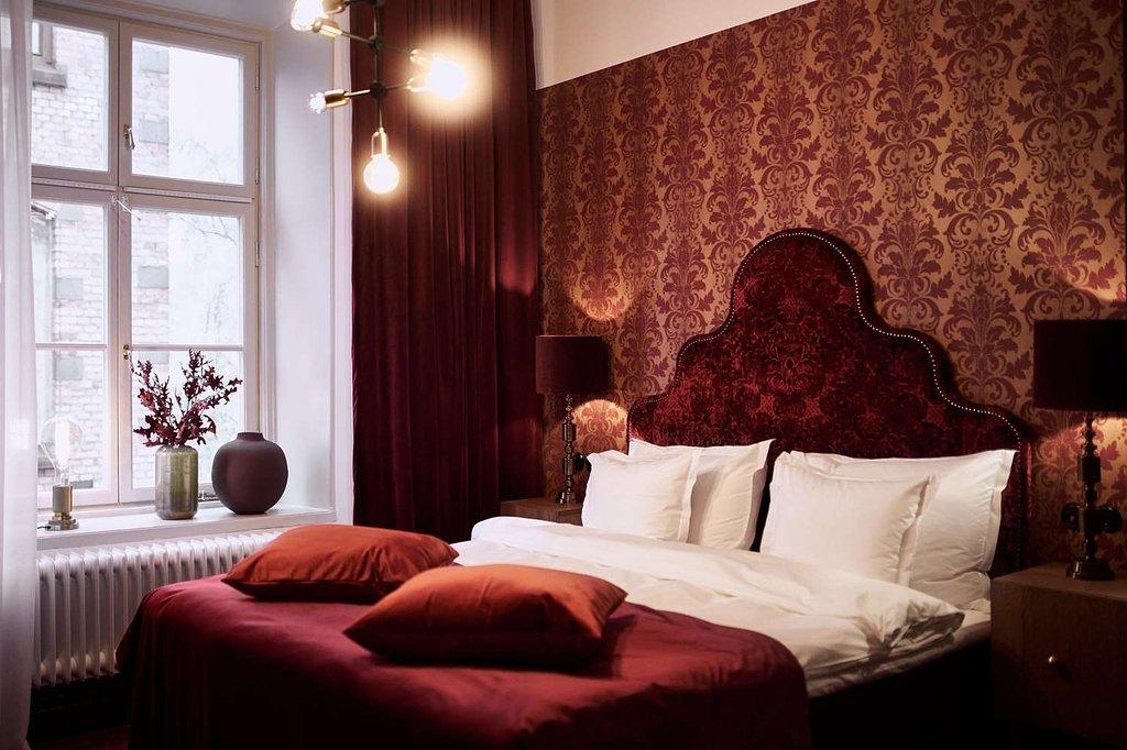 superior-room-soho-london